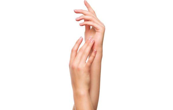 Ringiovanimento mani e piedi